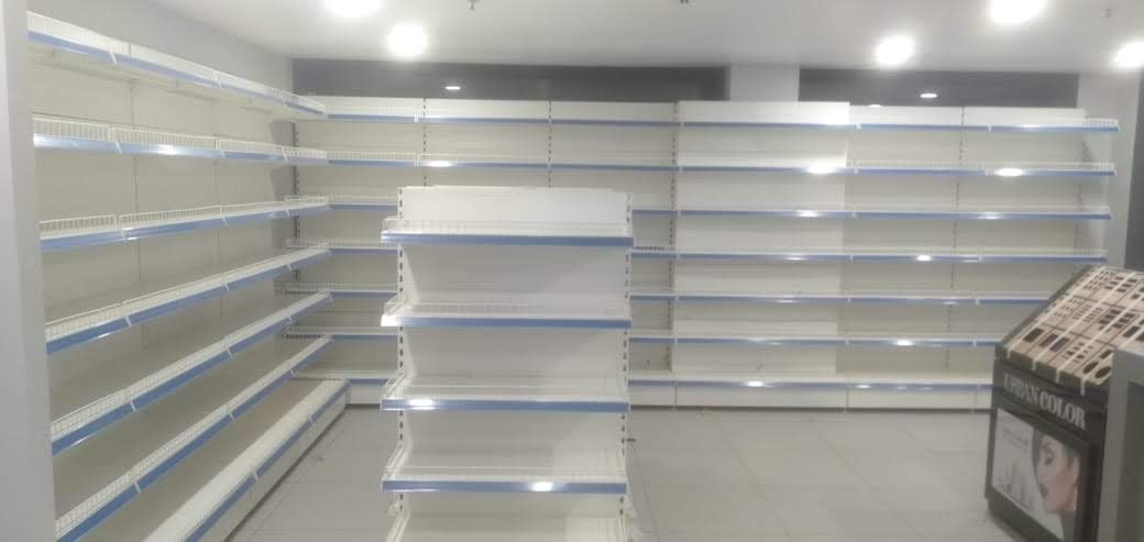 Supermarket Wall Unit with Protruded Graphic Panel