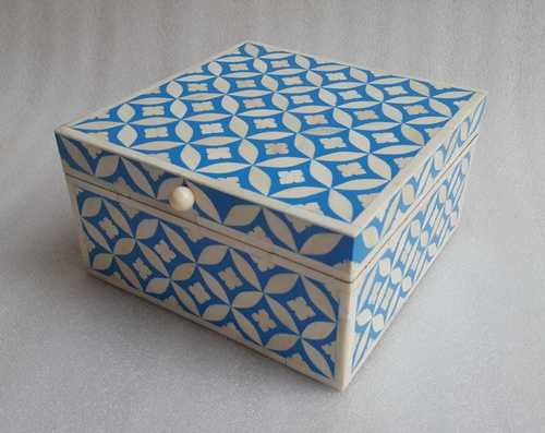 Bone Inlay Bangle Box