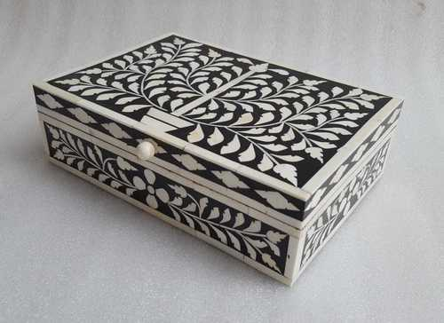 Bone inlay long box