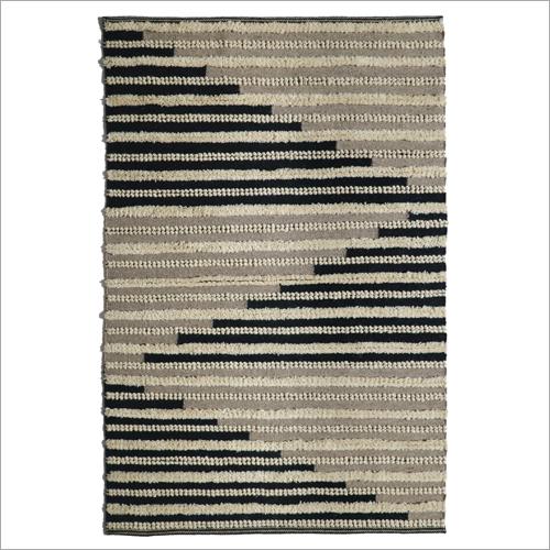Fancy Handwoven Woollen Rug