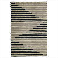 Fancy Handwoven Woollen Rug