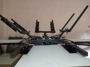 4 Colour 4 Station Screen Printing Machine frame addjustable
