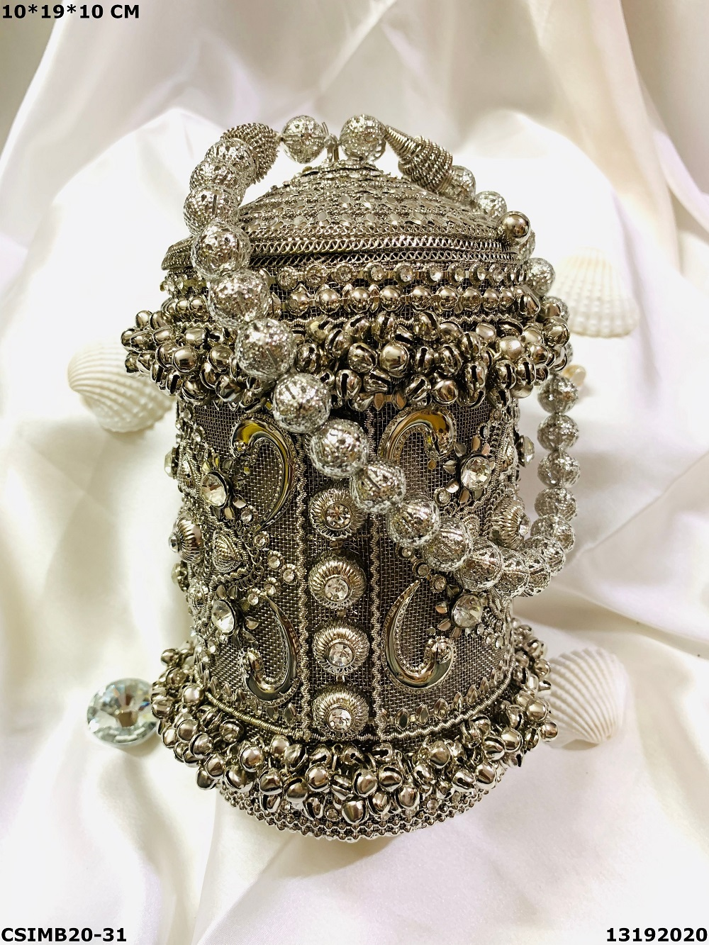 Exclusive Bridal Metal Cluctches