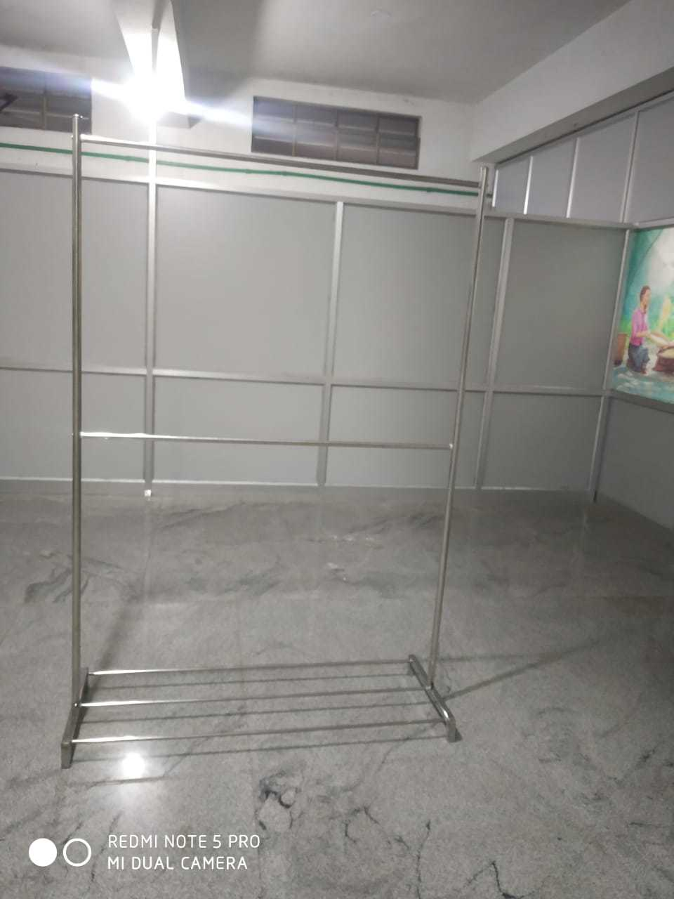 SS Cloth Display Stands in Tiruppur