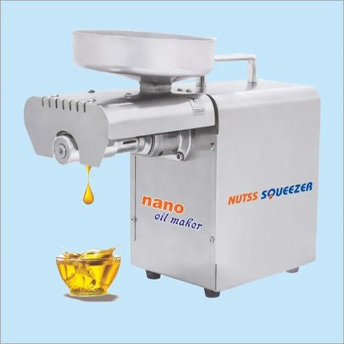 Nuts Squeezer Oil Machine