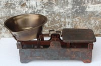 Vintage weighting scale with brass bowl