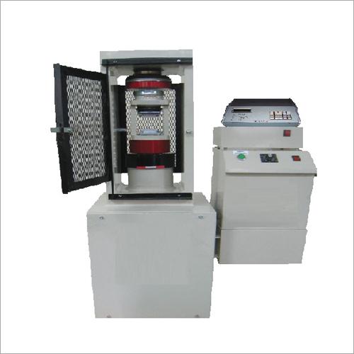 Triaxial Test Machine