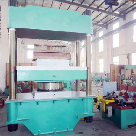 Solid Tyre Moulding Press Machine