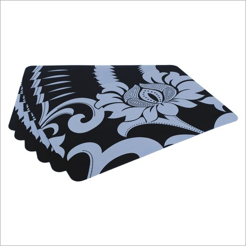 Black and White Table Mat With Coaster