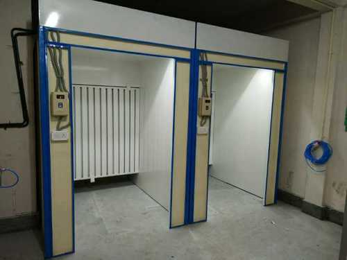 Water curtin paint booth