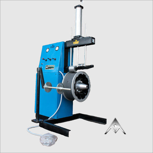 Tyre Tread Pressing Machine