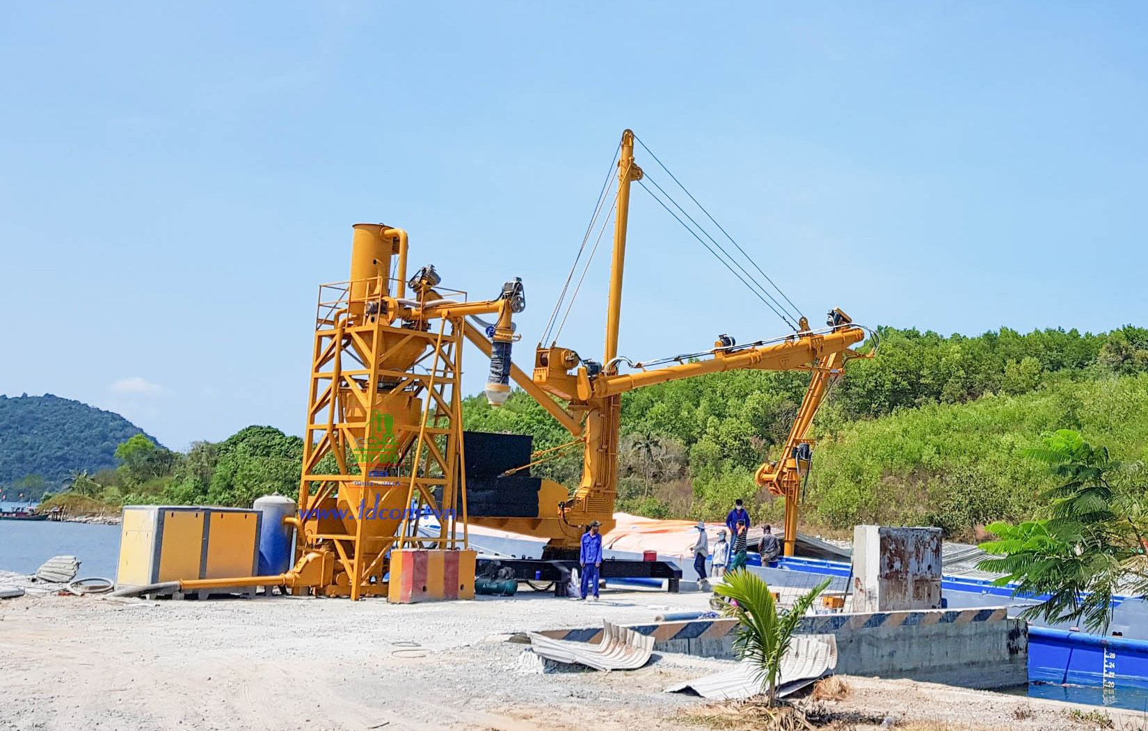Cement Ship Unloader Combine Cement Weighing Hopper. Capacity 50 T/H