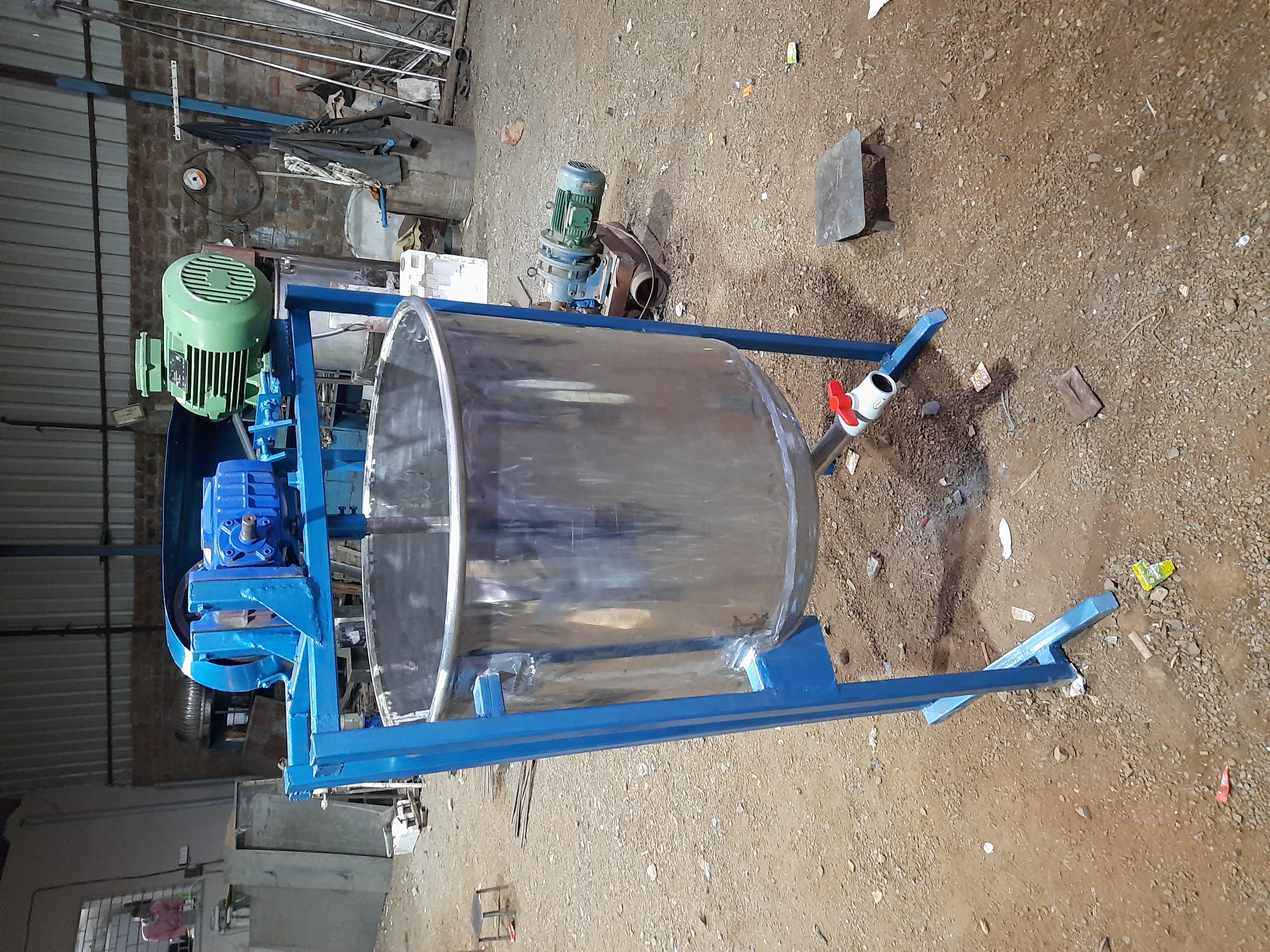 Industrial Liquid Mixer
