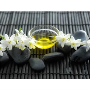 100% Pure And Organic Tuberose Absolute Essential Oil