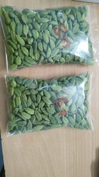 Natural Best Quality Fresh Green Cardamom Elachi Spice for Wholesale