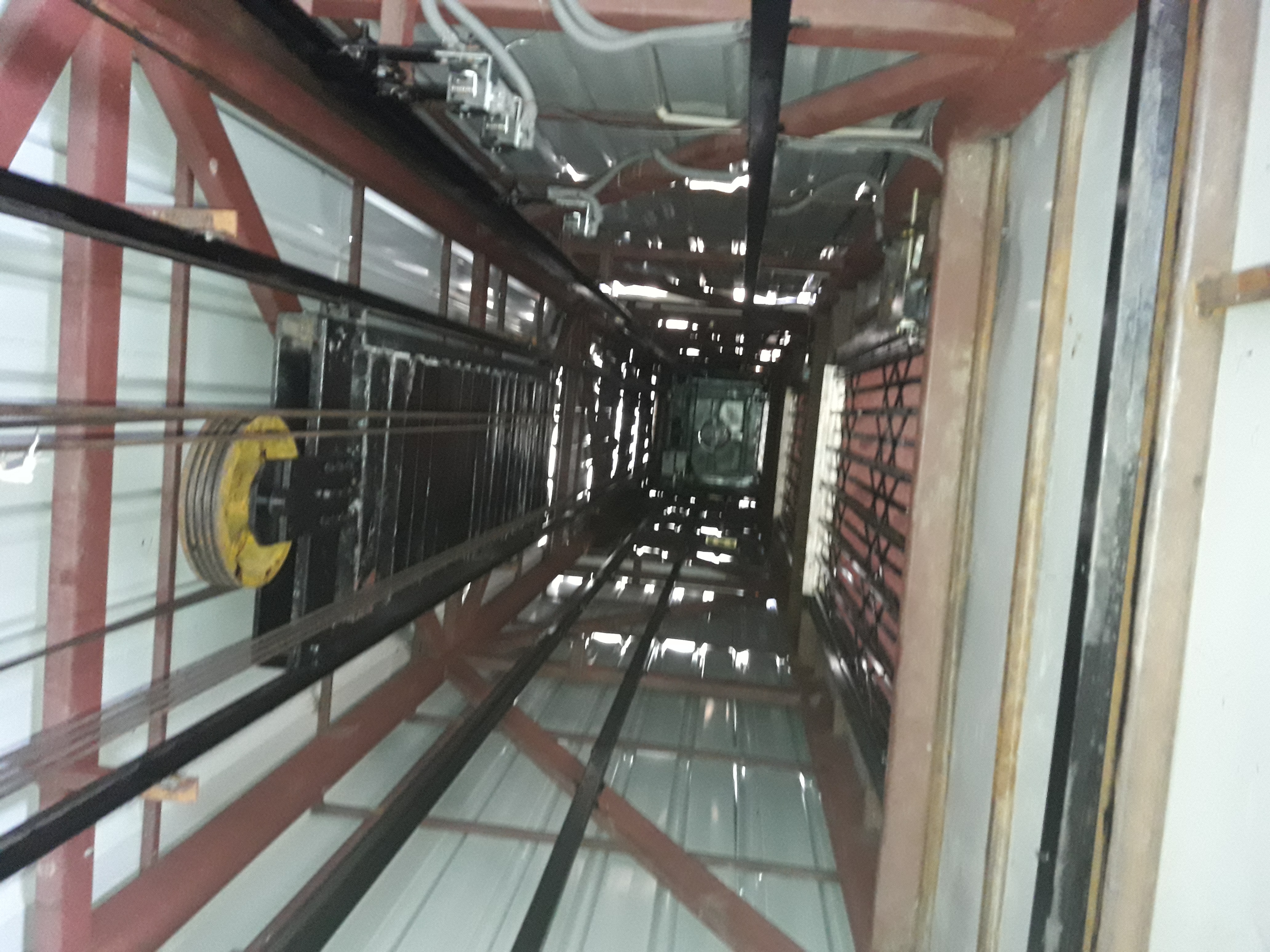 MRL 430 Volt Passenger Lift