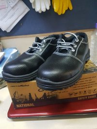 Safety shoes National