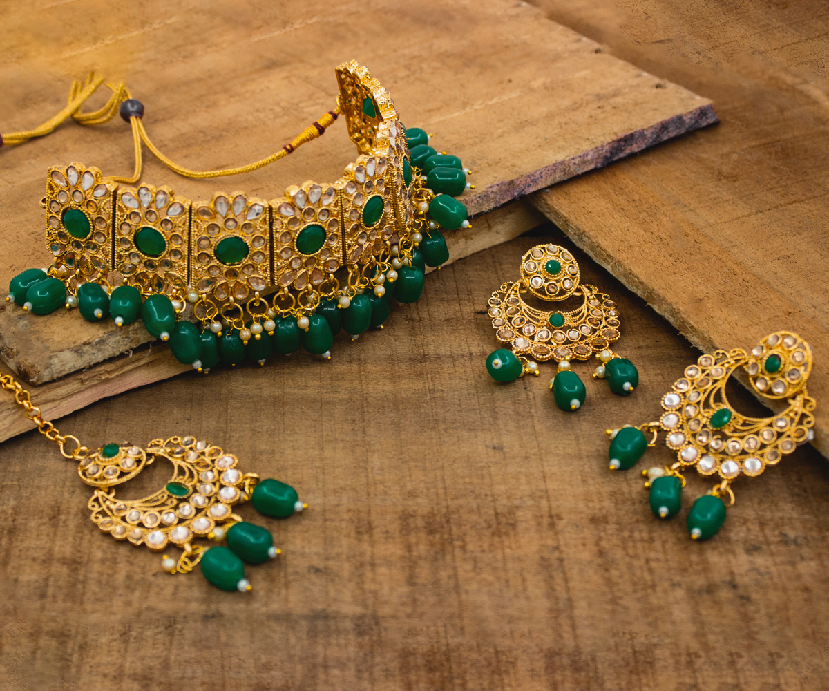 Traditional Gold Plated Kundan Patti Choker