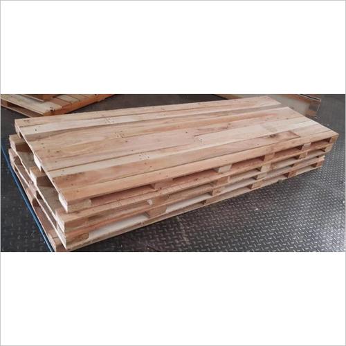 121×64×4 Wooden Pallet