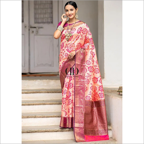 Ladies Designer Soft Silk Weaving Saree With Contrast Zari Woven Border