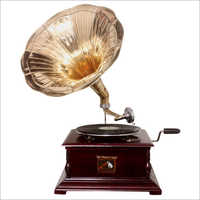 Wooden Square Gramophone