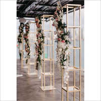 Metal Pillars with Flower