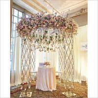 Metal Pillars with Flower Ring