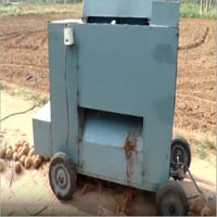 Industrial Coconut Dehusking Machine