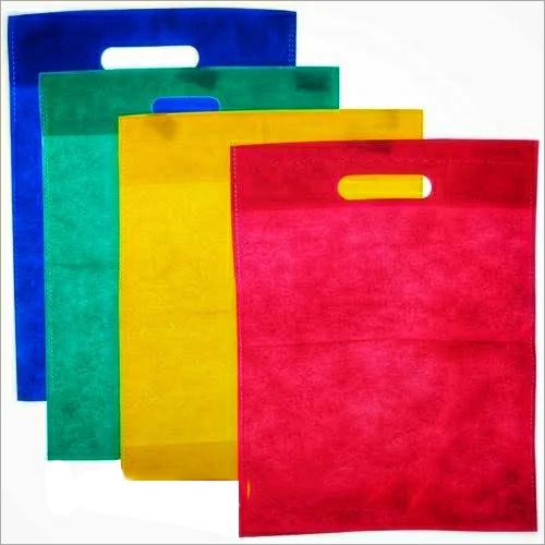 D Cut Non Woven Plain Bags