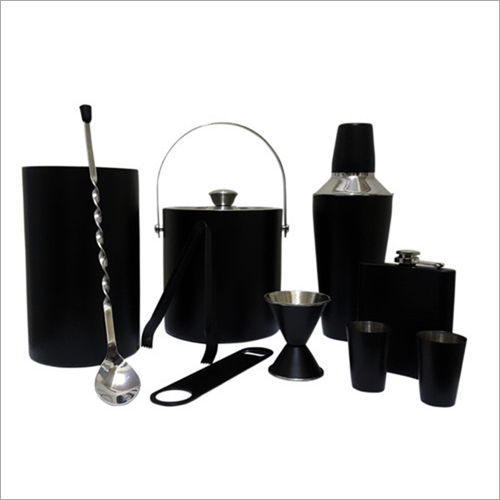 Barset Cocktail Shaker Double Wall Ice Bucket With Tong Peg Measure Wine Chiller Stirrer Hip Flask And Short Glasses