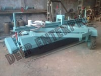 Road Sweeping Machine (Broomer)