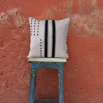 Customized Decorative Wool Cushion And Pillows