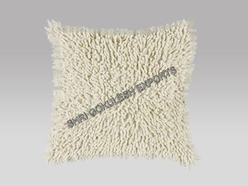 White Chenille Cushion And Pillows