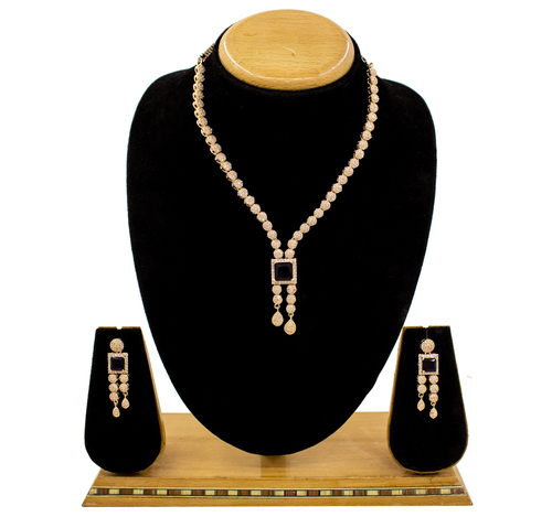 Trendy Fancy Simple Design Amerian Diamond Necklace Set