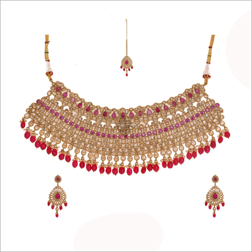 Reverse AD Gold Necklace Set