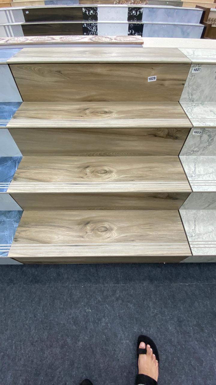 30x120 CM Porcelain Step-Riser