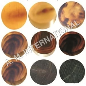 Horn Natural Color Round Button