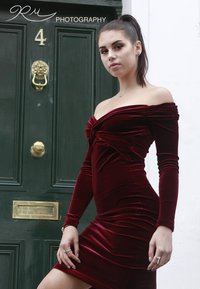 Cocktail Dresses in Velvet for Evening Party |Mid length