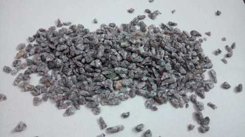 Wholesale cheap price dark grey and black crushed gravel stone for road and driveway