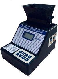 white gram digital grain moisture meter