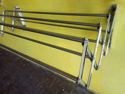 Balcony Outer Bush And Bull Wall Mounting SS  Hangers  In Tiruppur