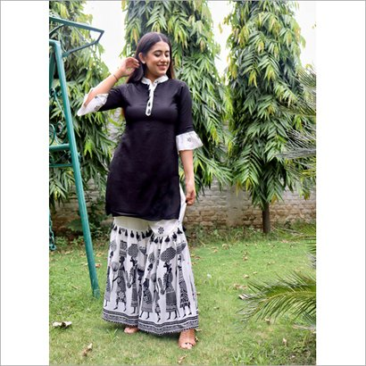 Indian Ladies Black And White Colo Ethnic Suit