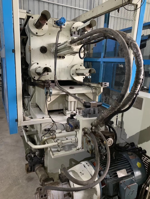Used Yizumi 280t Hot Chamber Die Casting Machine