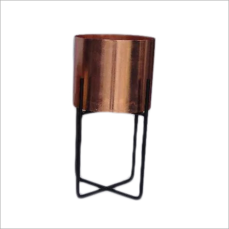 18X15.5 CM  Metal Flower Vase With Stand