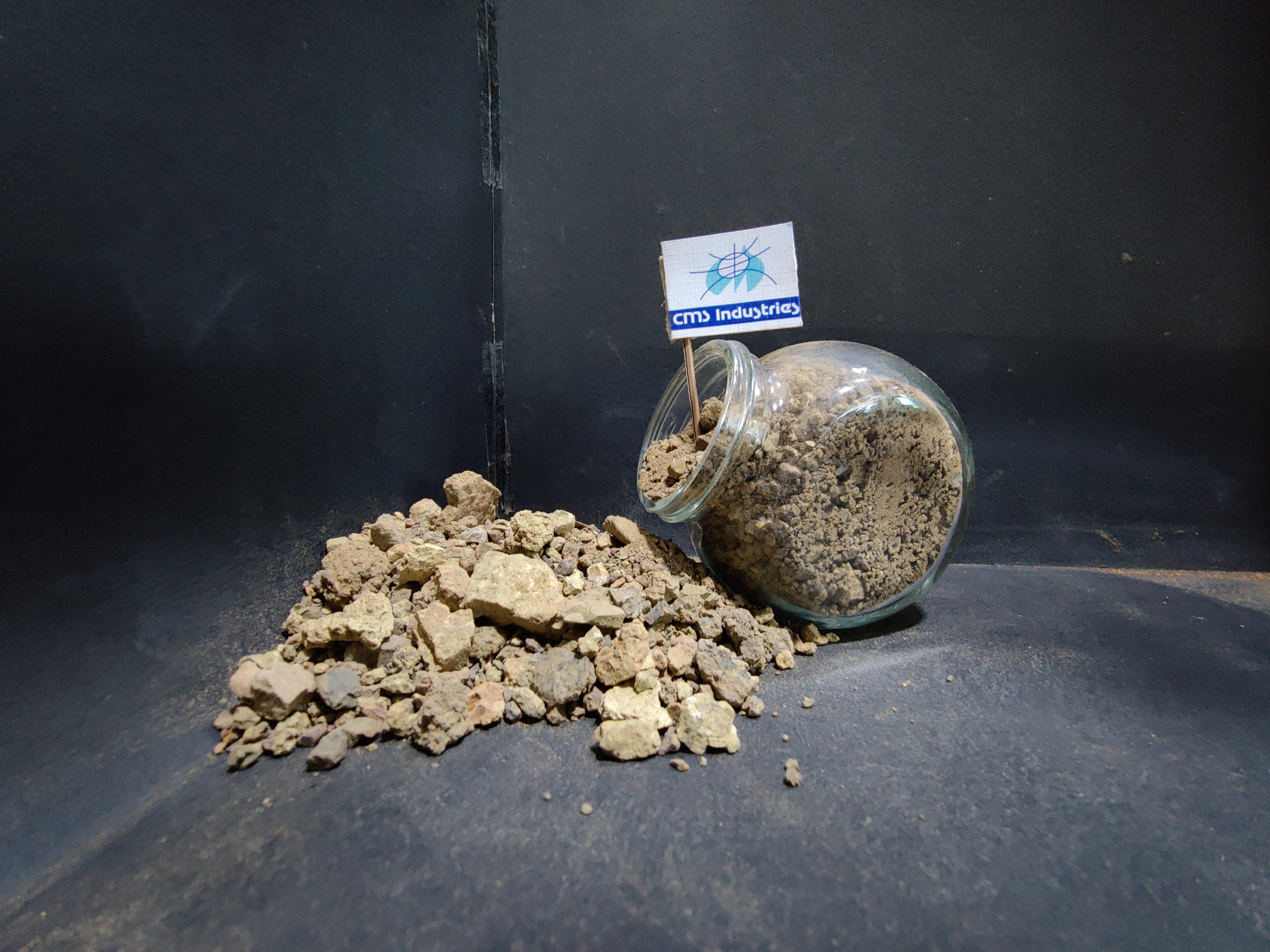 Paper Grade Bentonite Lumps