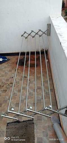 SS Adjustable Wall Mouning Cloth Hanging