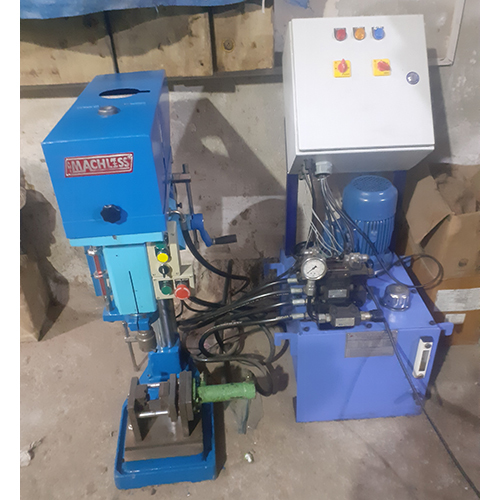 Hydraulic Drilling Machine With Clamping