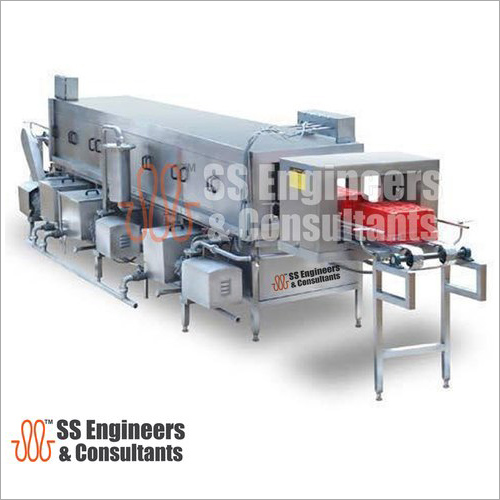 Conveyor Crate Washer
