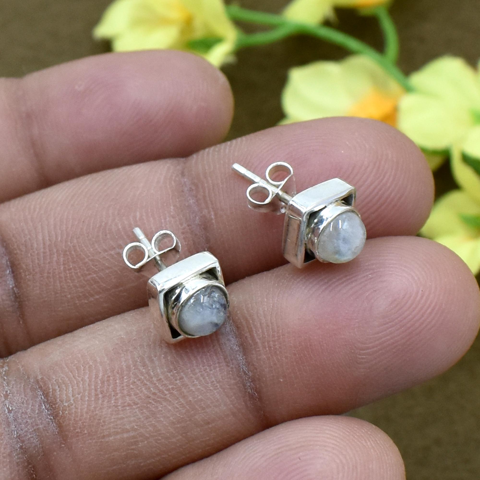 Natural White Rainbow Moonstone Gemstone Light Weight Earring 925 Sterling Silver Stud For Women & Girls