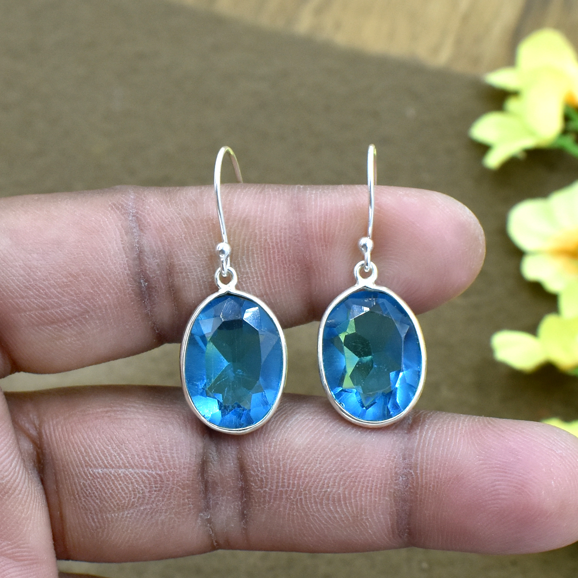 Natural Blue Quartz Oval Gemstone Earring 925 Sterling Silver Dangle Drop Fashion Earring